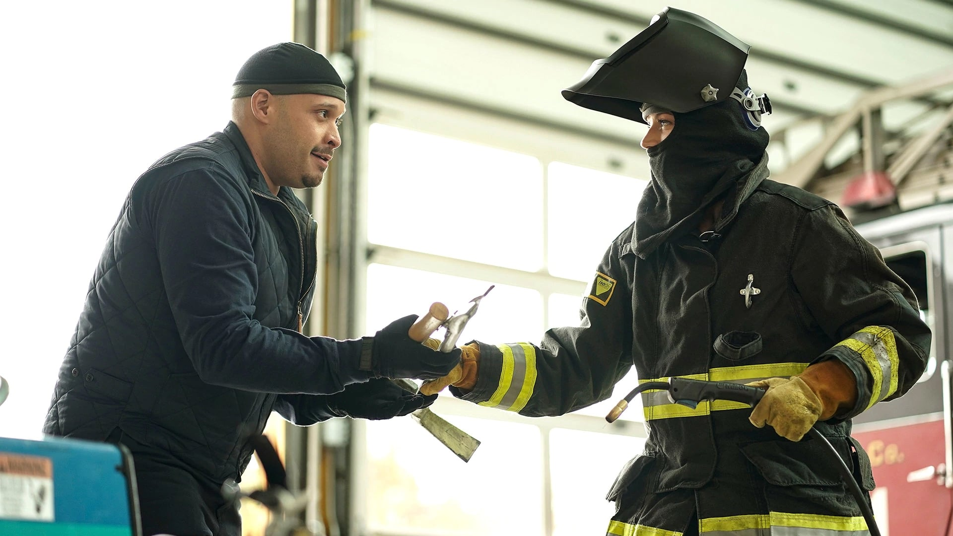 Chicago Fire Season 6 :Episode 10  Heisses Eisen