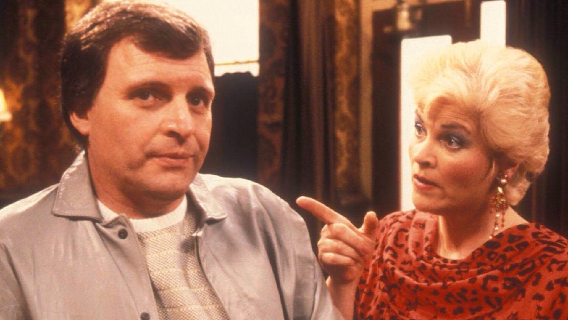 EastEnders - Season 10 Episode 23 : March 22, 1994