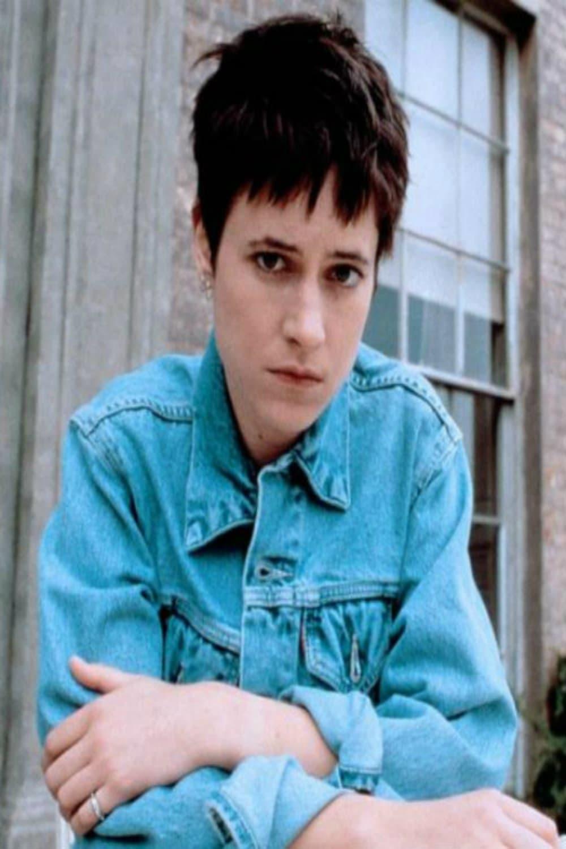 Iris movie 2001 online dating 8