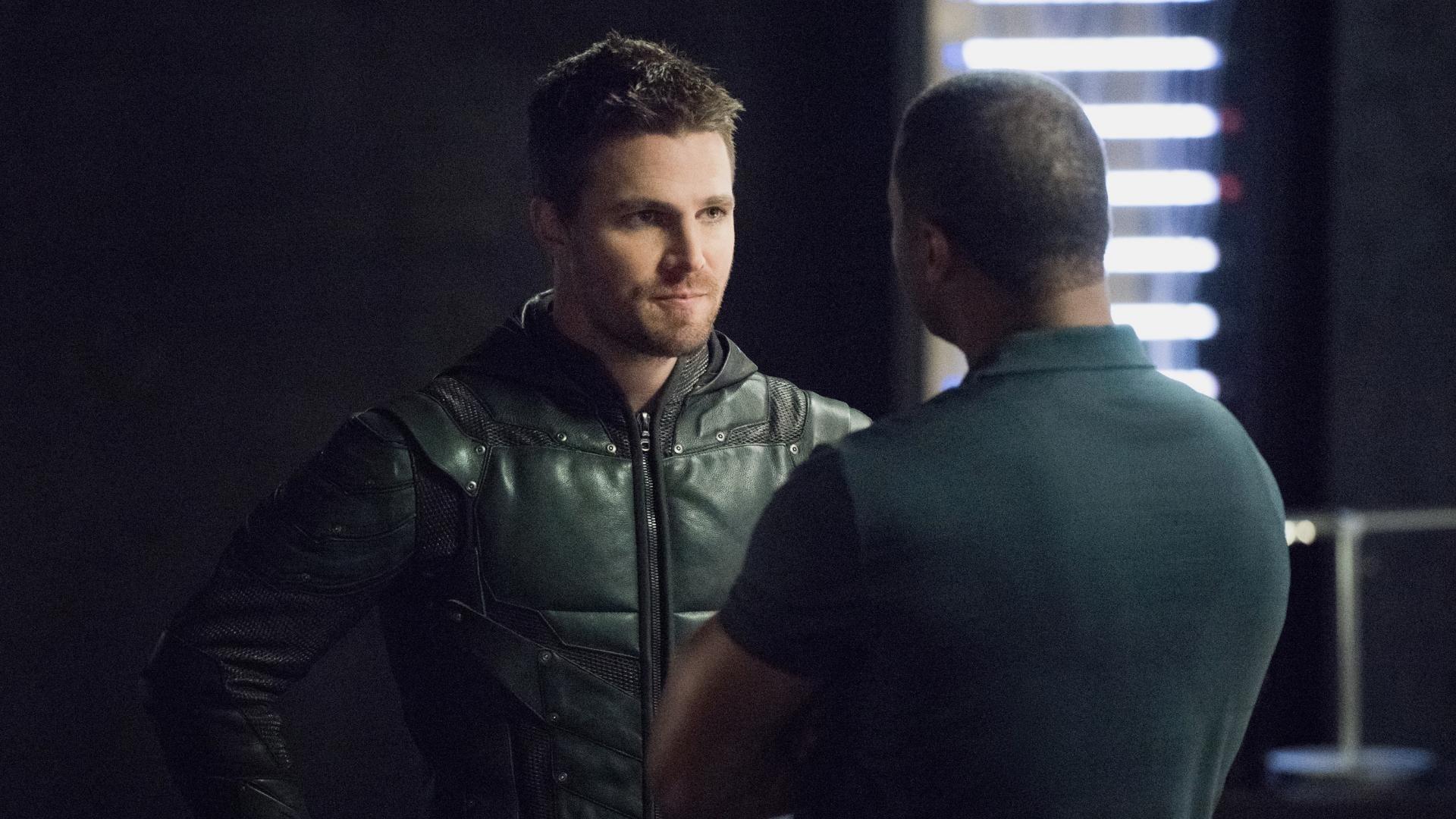 Arrow Season 5 :Episode 5  Zielscheibe