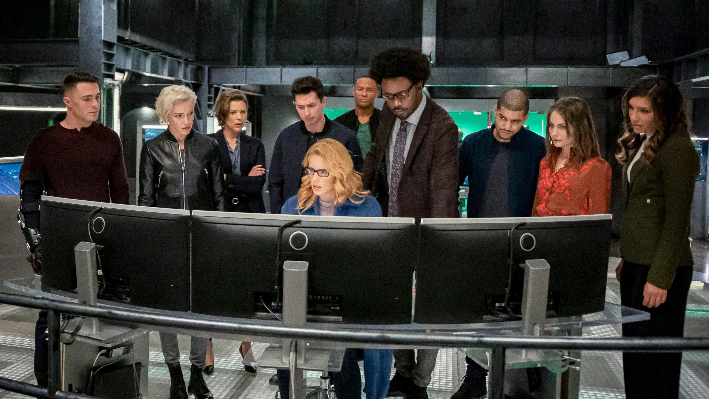 Arrow Season 8 :Episode 10  Fadeout