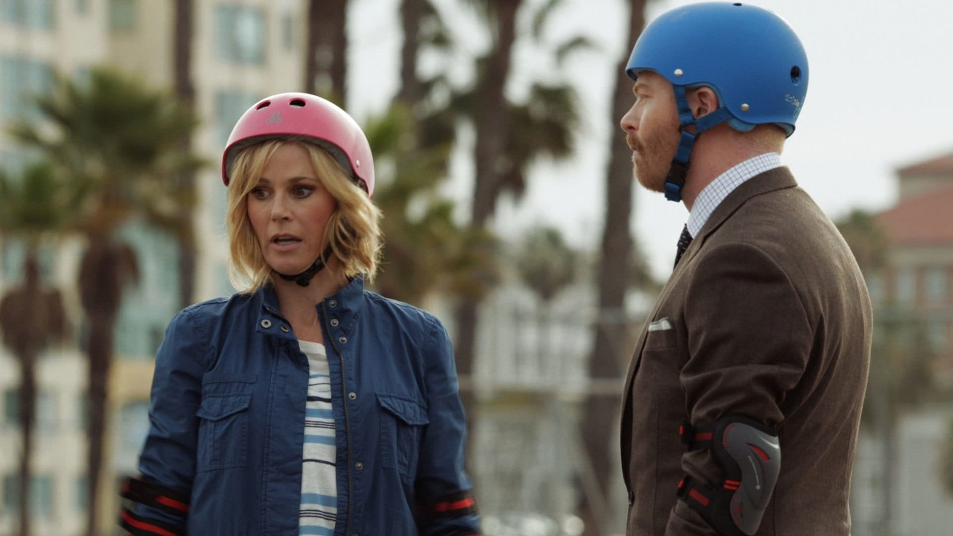 Modern Family Season 6 :Episode 11  The Day We Almost Died