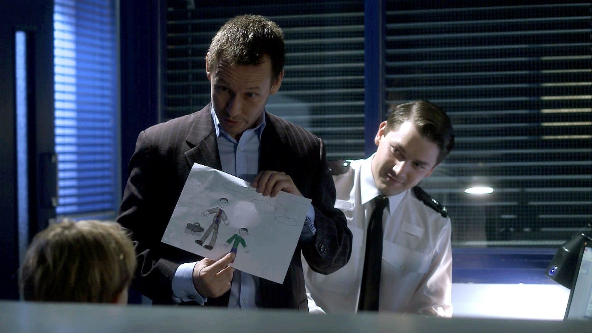 Doctors Season 16 :Episode 181  Lights Out