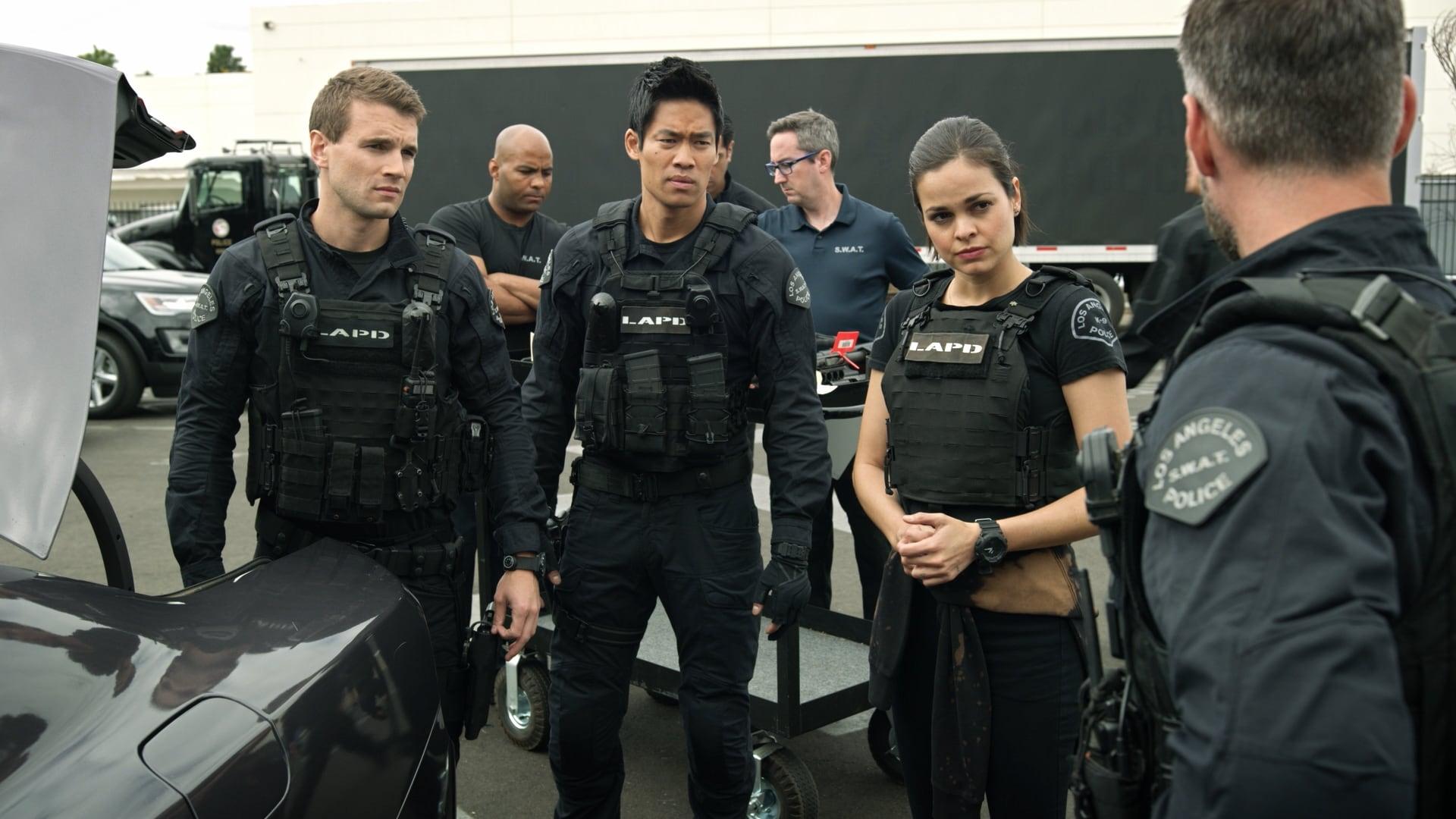 S.W.A.T. - Season 1 Episode 9 : Blindspots