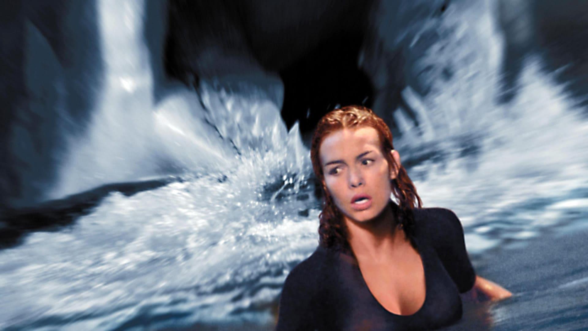 Кадры из фильма фильм тёмное синее море