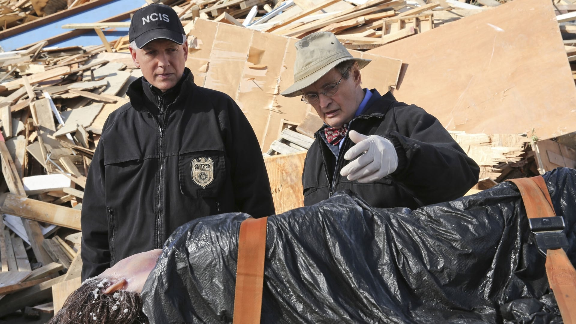 NCIS Season 13 :Episode 13  Déjà Vu