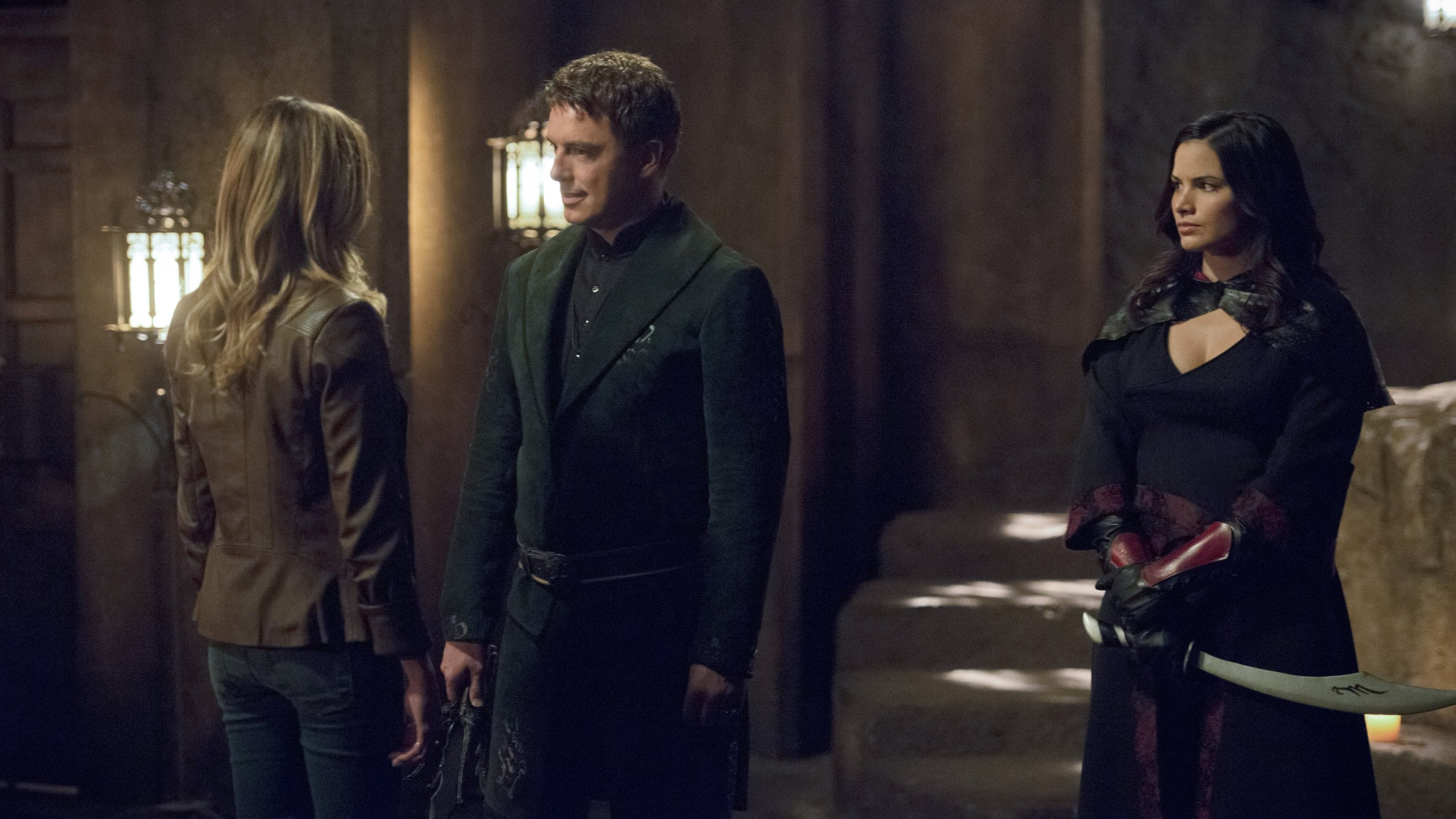 Arrow Season 4 :Episode 3  Auferstehung