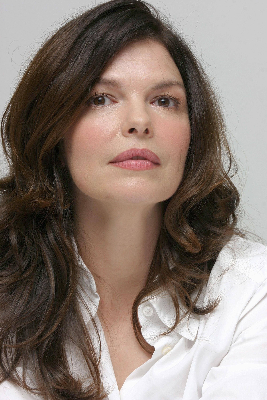 Jeanne Tripplehorn Biography - YIFY TV Series