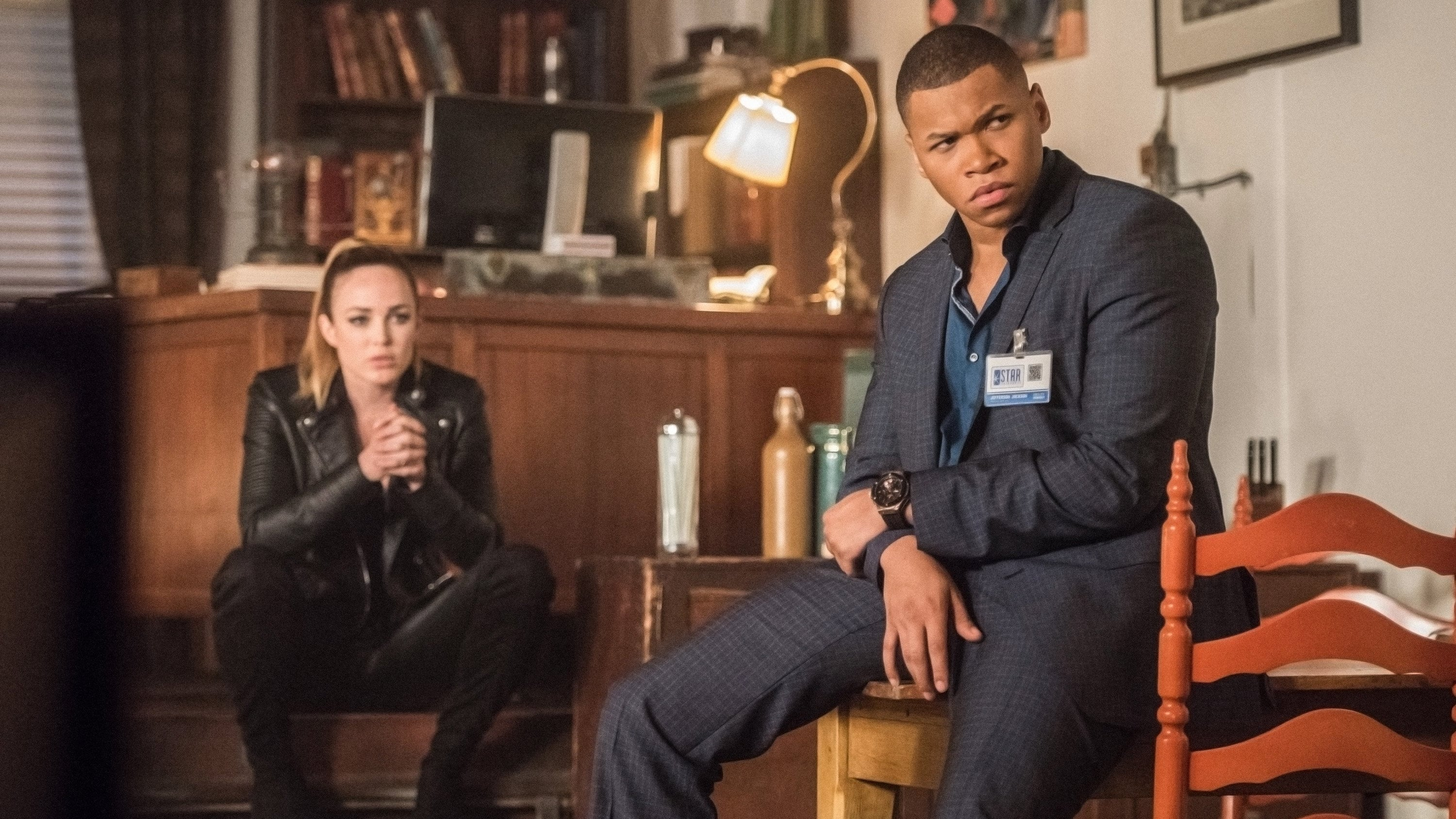 DC's Legends of Tomorrow Season 2 :Episode 16  Doomworld