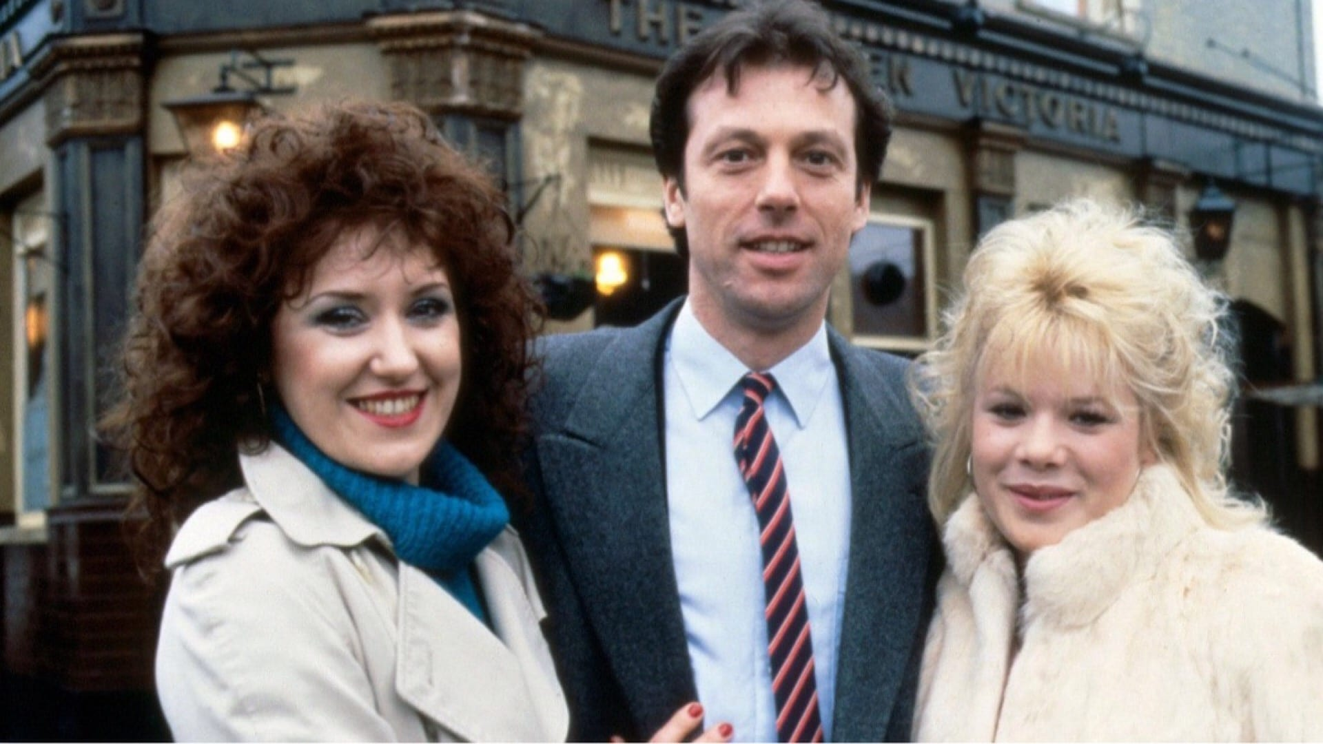EastEnders - Season 10 Episode 60 : June 23, 1994