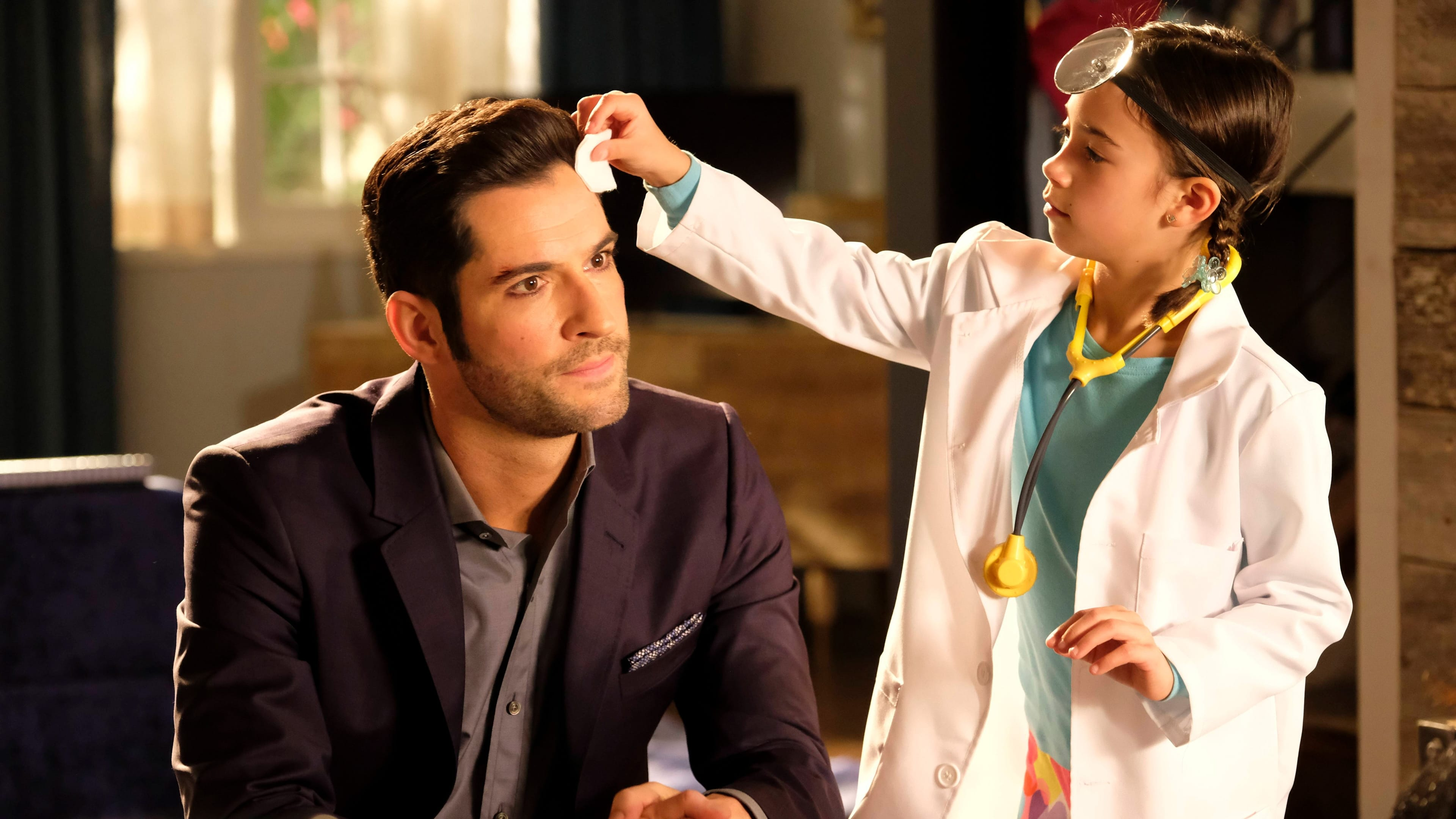 Lucifer Season 2 :Episode 18  The Good, The Bad And The Crispy