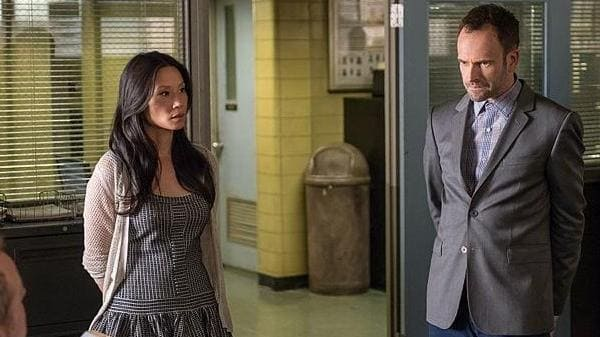 Elementary Season 2 :Episode 9  On The Line