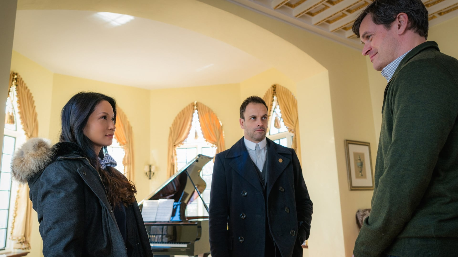 Elementary Season 4 :Episode 16  Hounded