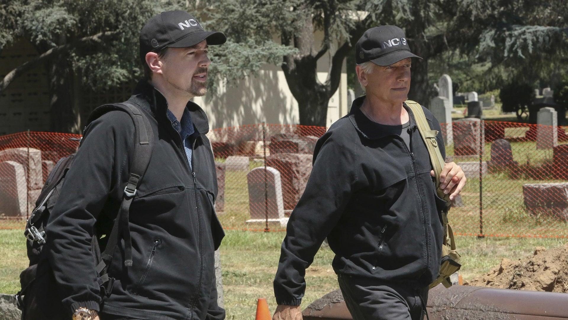 NCIS Season 15 :Episode 2  Twofer