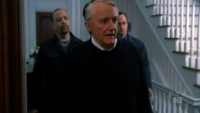 Law & Order: Special Victims Unit Season 8 :Episode 2  Clock