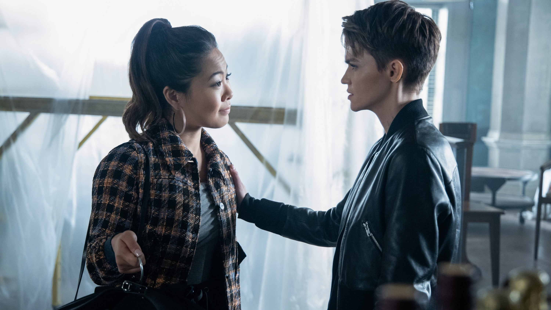 Batwoman - Season 1 Episode 8 : A Mad Tea-Party