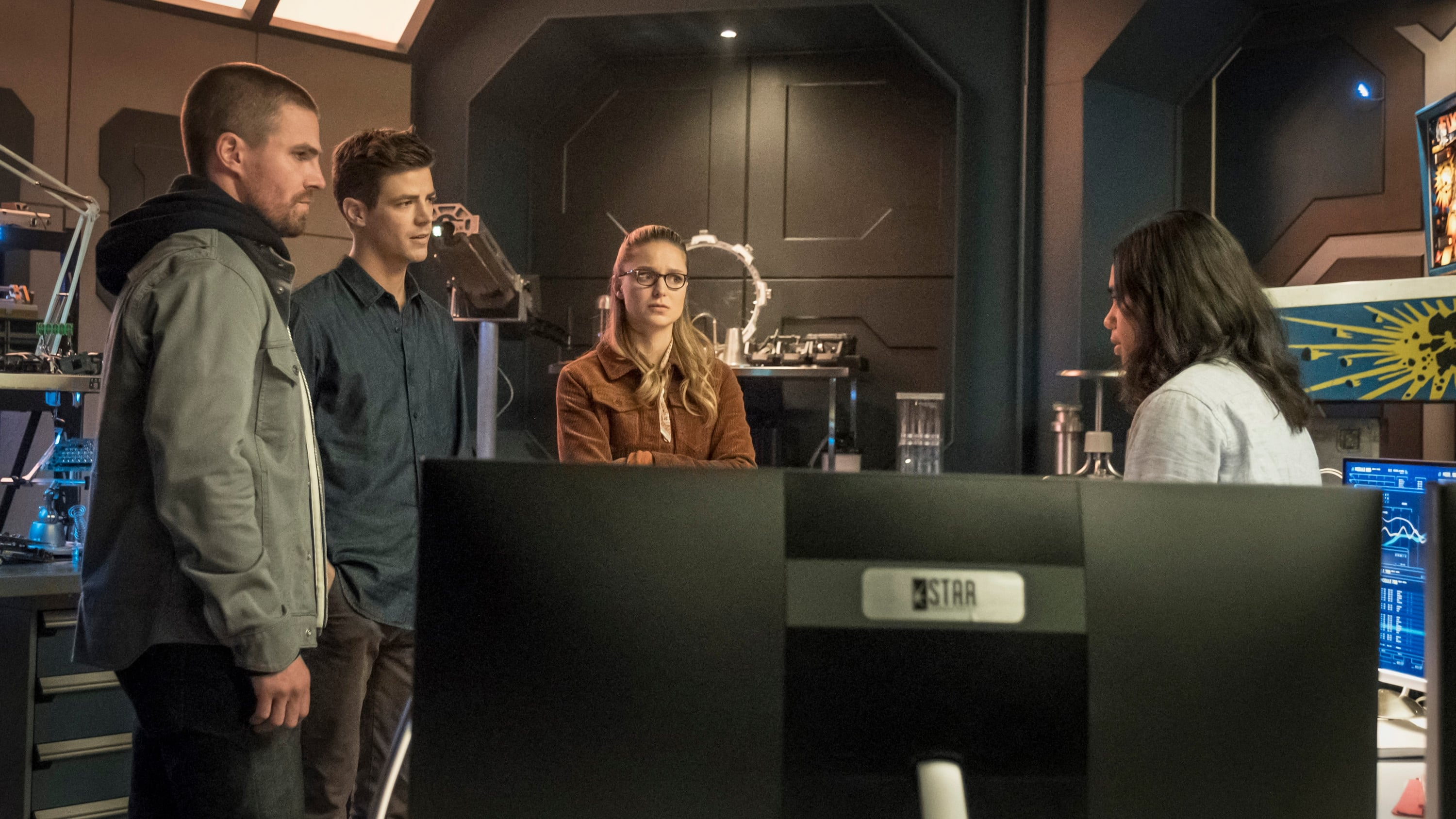 The Flash Season 5 :Episode 9  Elseworlds (I)