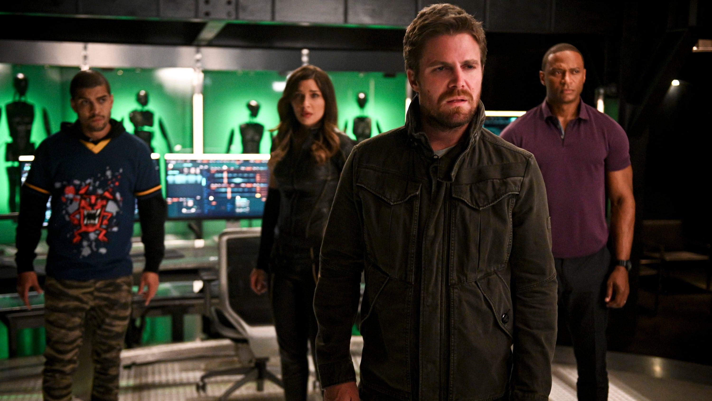 Arrow Season 8 :Episode 4  Present Tense