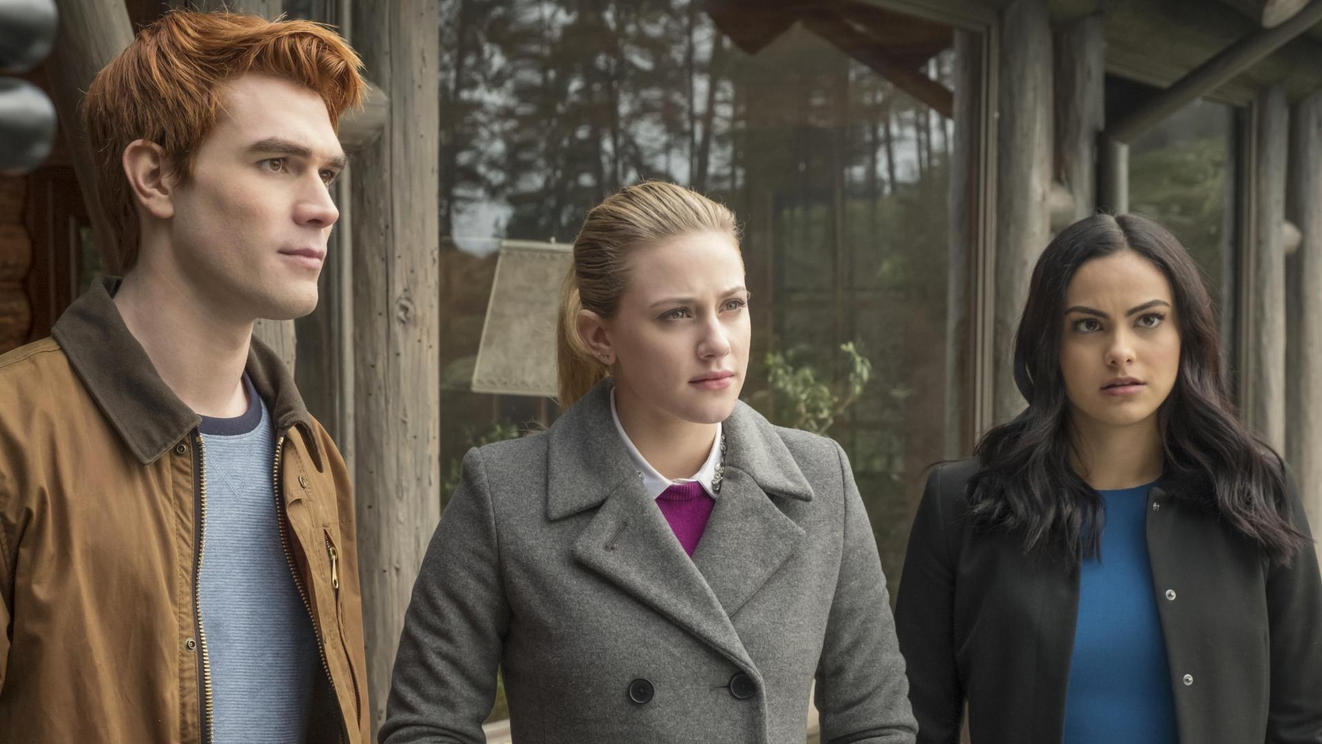Riverdale Season 2 :Episode 14  Kapitel siebenundzwanzig: Hügel der blutigen Augen
