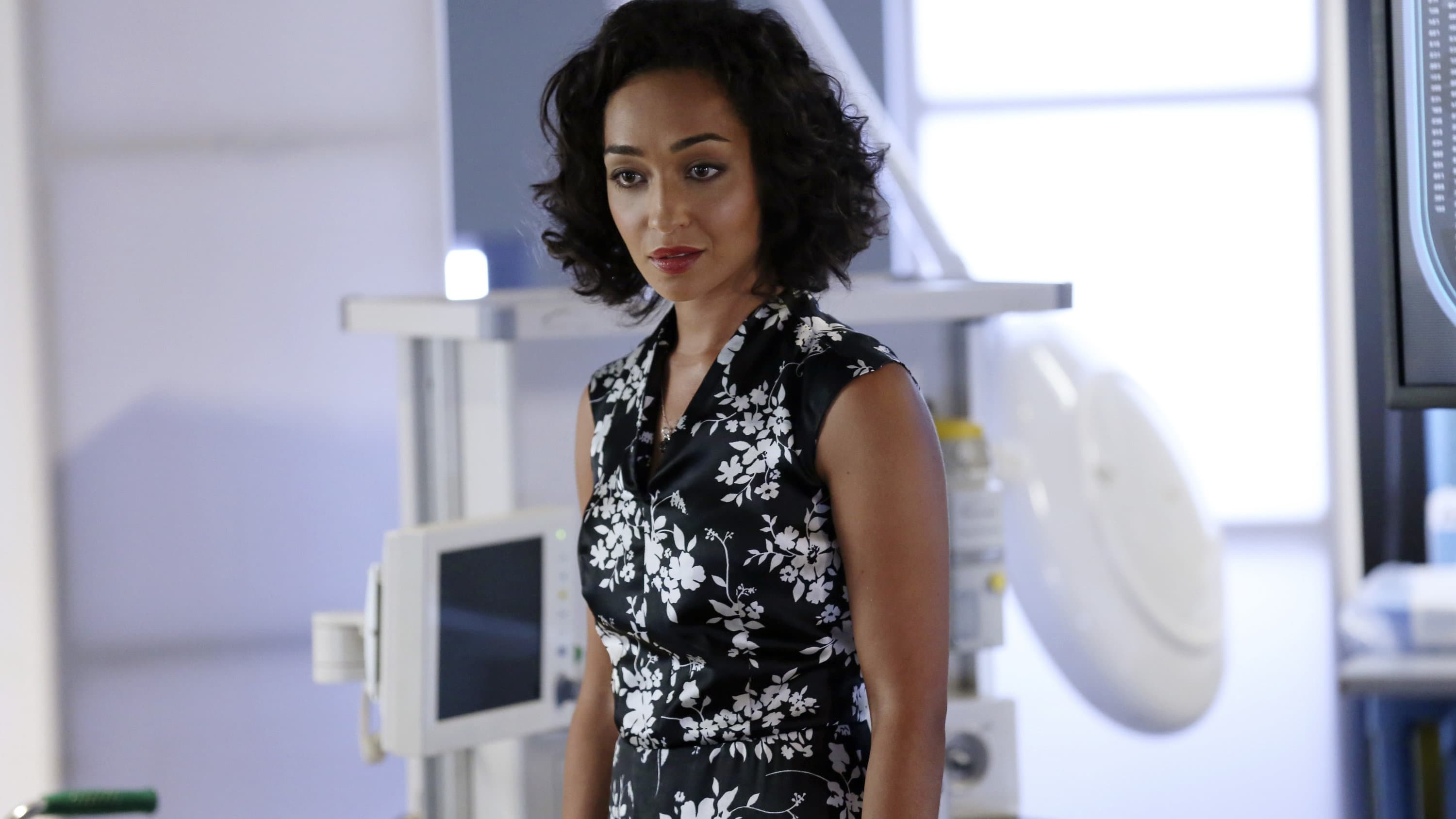 Marvel's Agents of S.H.I.E.L.D. Season 1 :Episode 5  Girl in the Flower Dress