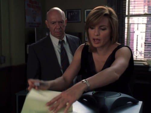Law & Order: Special Victims Unit Season 7 :Episode 3  911