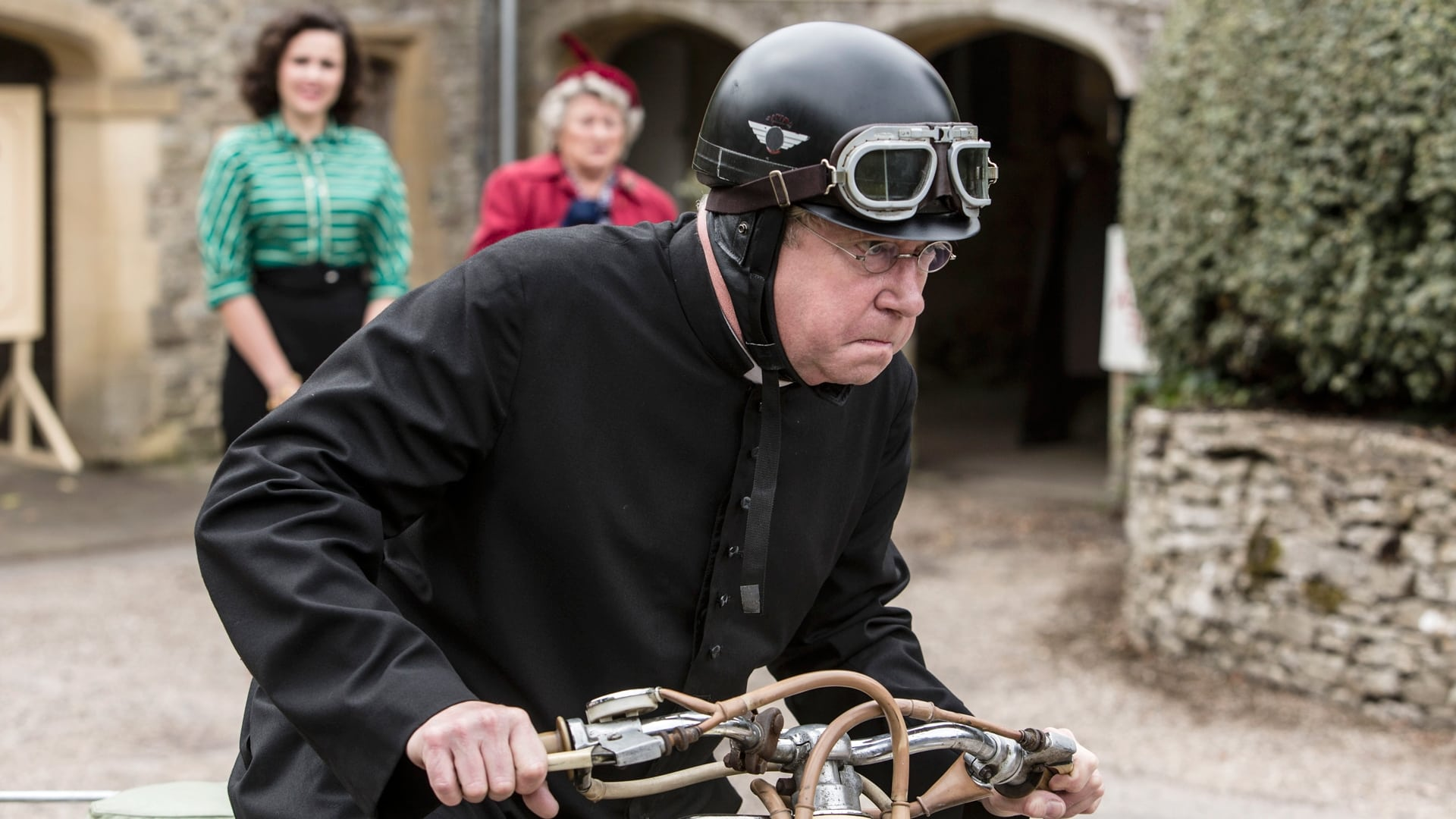 Father Brown Season 5 :Episode 14  The Fire in the Sky