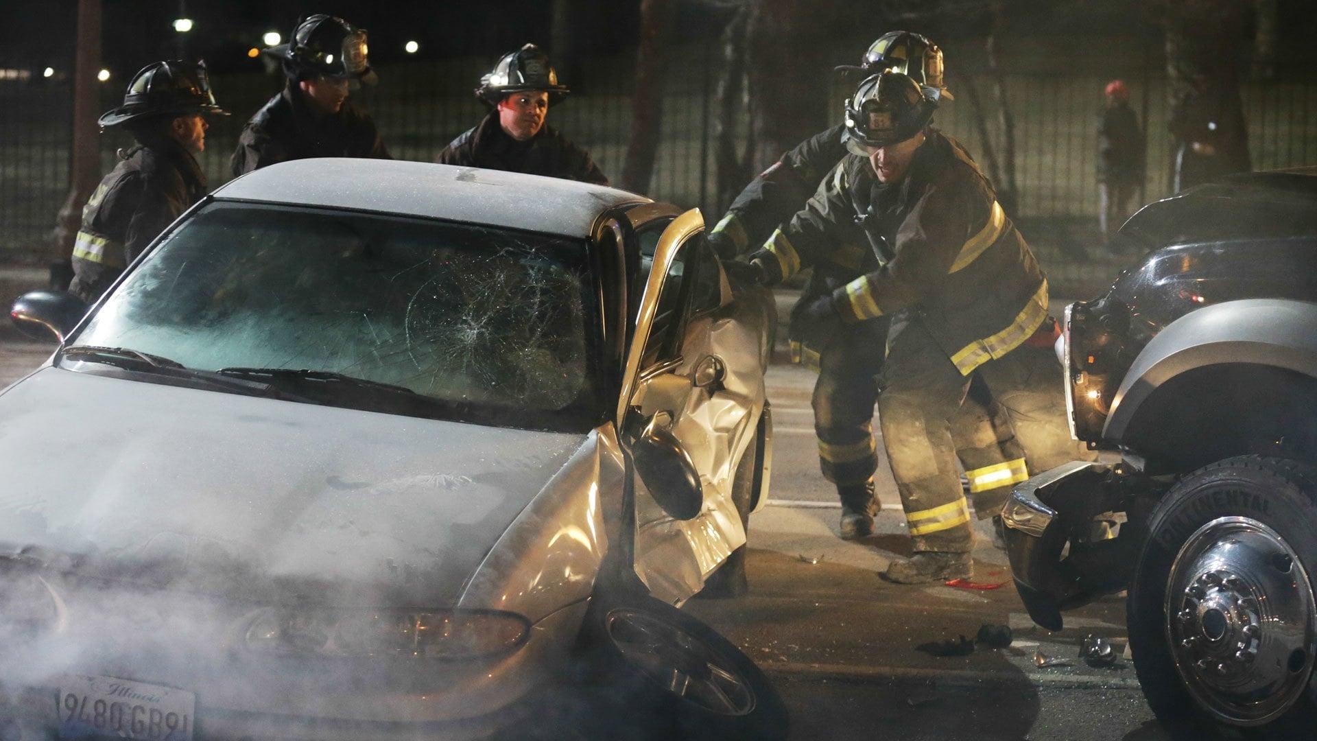 Chicago Fire Season 2 :Episode 19  Eine schwere Last