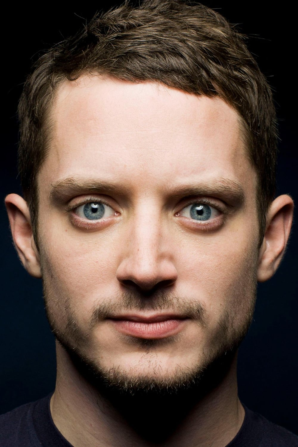 Elijah Wood - Watch Vi...