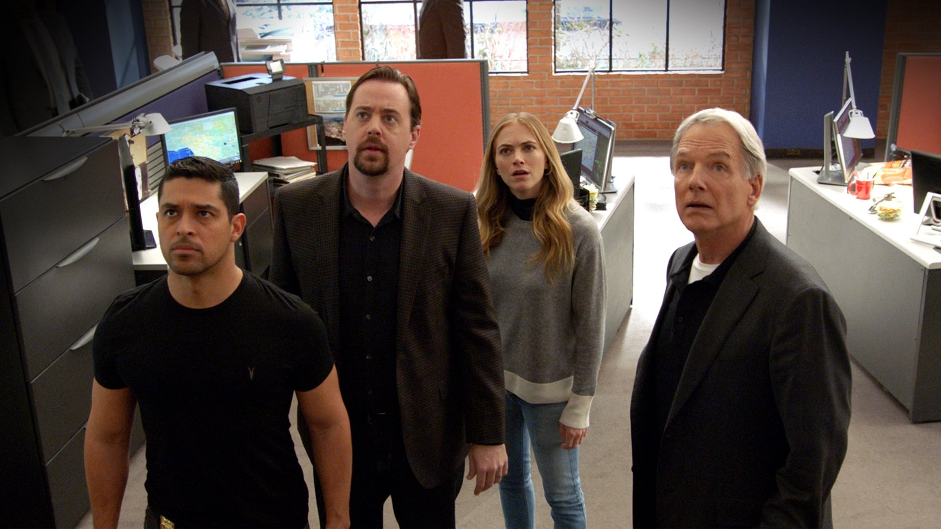NCIS Season 15 :Episode 18  Death From Above
