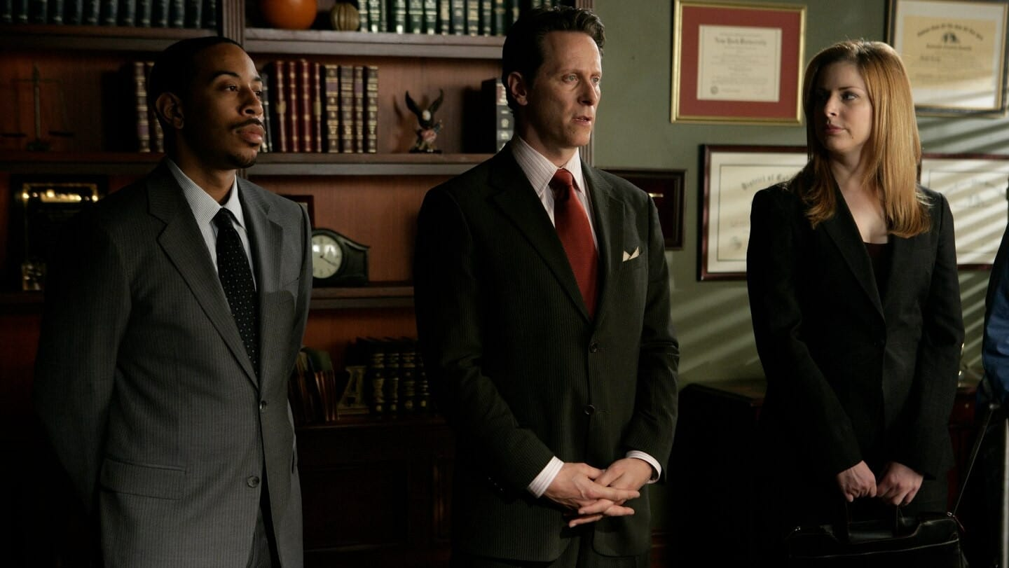 Law & Order: Special Victims Unit - Season 8 Episode 22 : Screwed