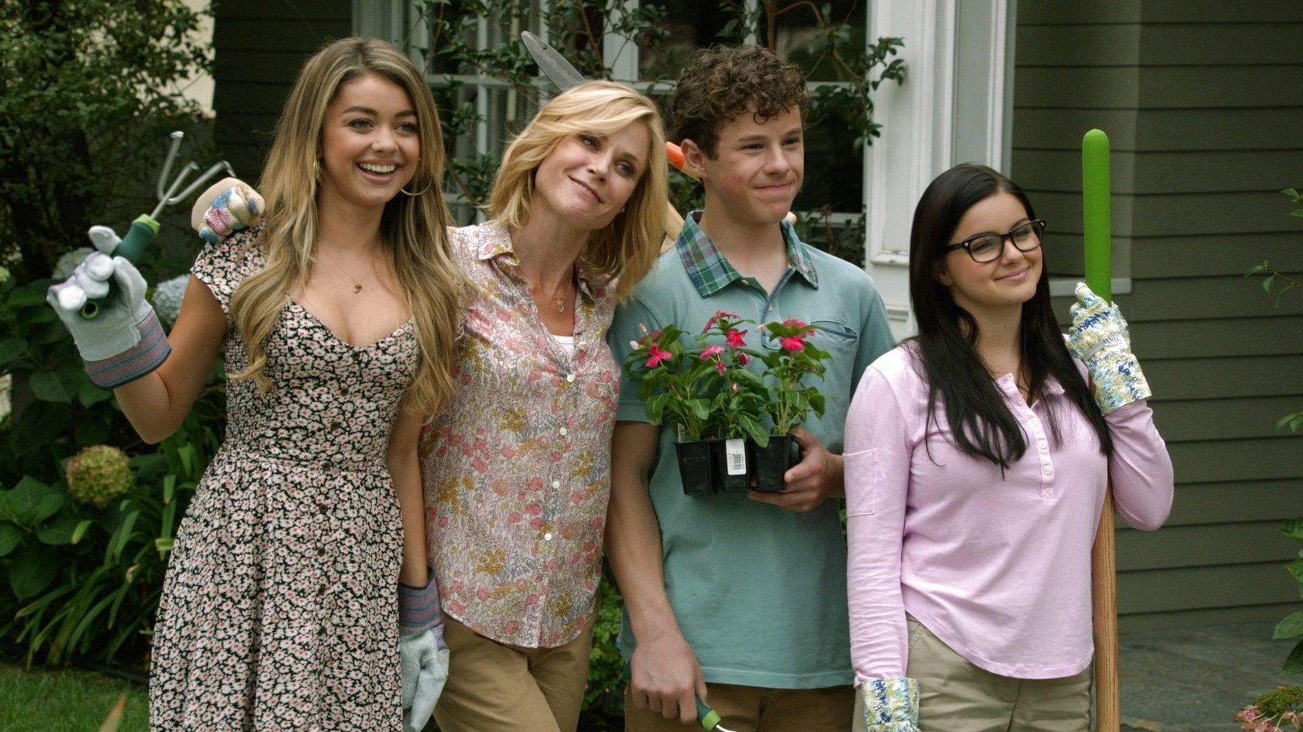 Modern Family Season 6 :Episode 5  Won't You Be Our Neighbor
