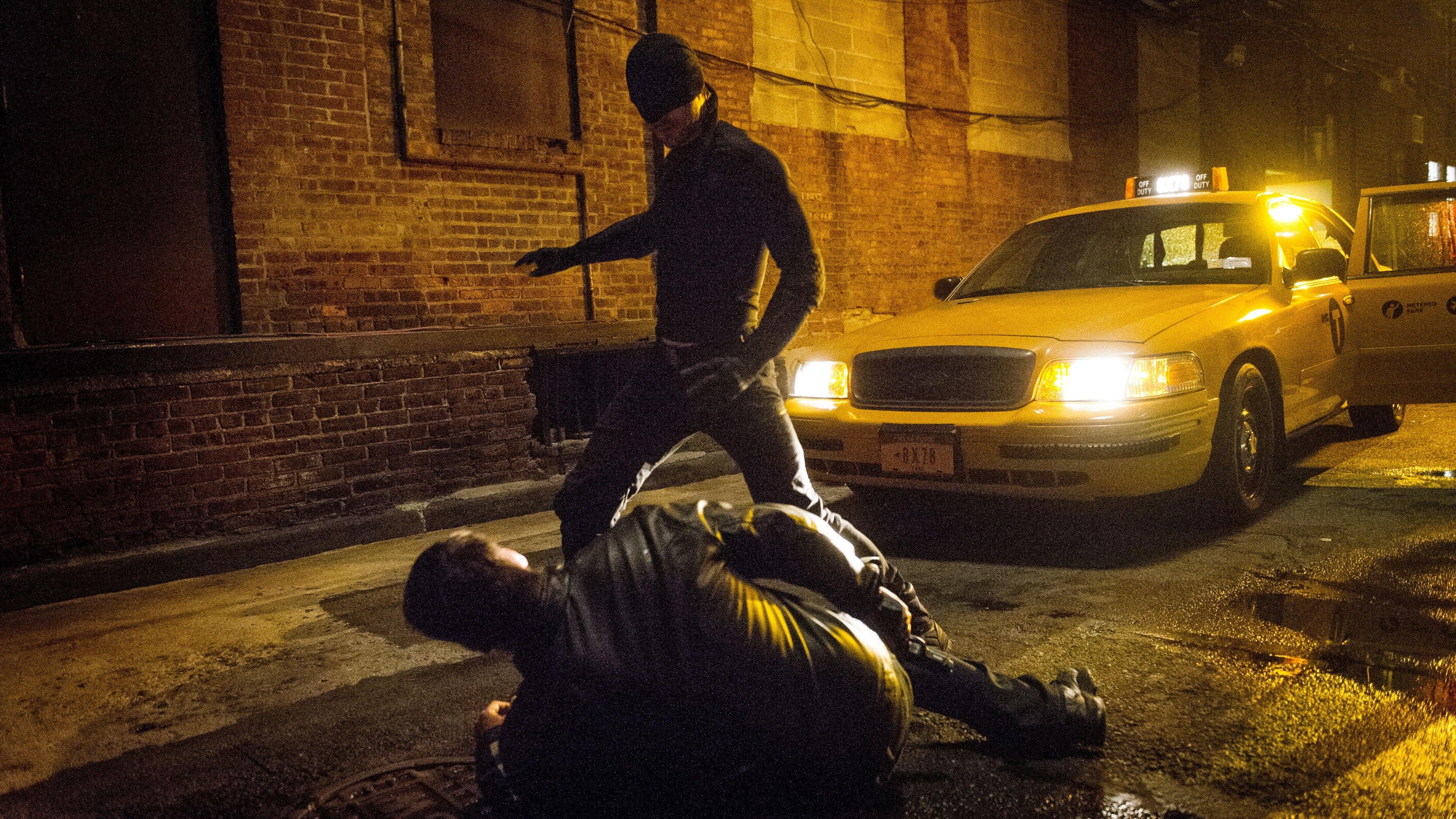 Marvel's Daredevil Season 1 :Episode 5  World On Fire
