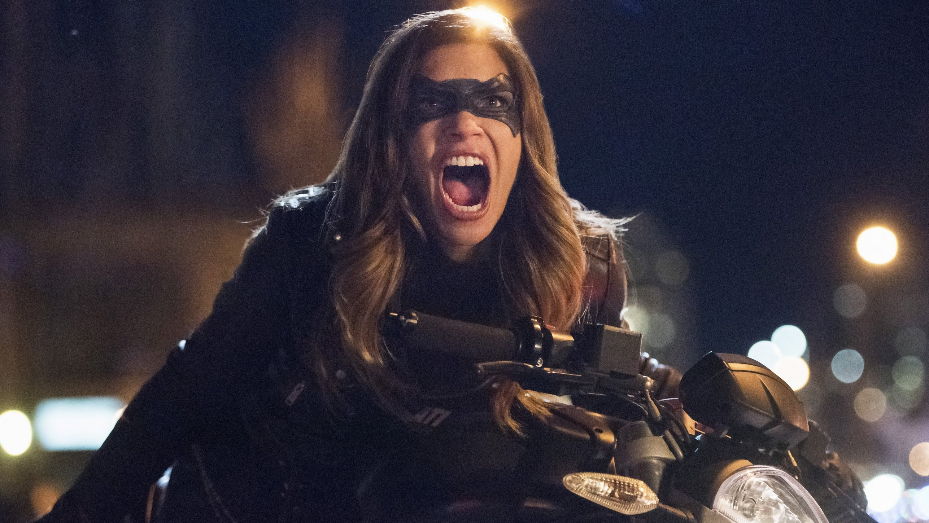 Arrow Season 5 :Episode 19  Dangerous Liaisons