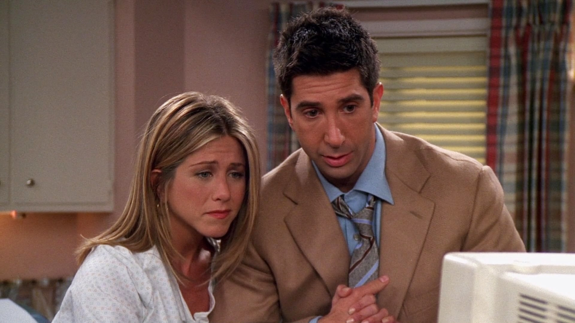 Season 8 :Episode 3  The One Where Rachel Tells...