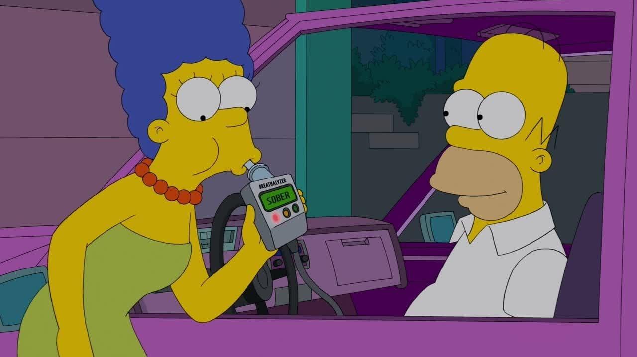 The Simpsons - Season 25 Episode 7 : Yellow Subterfuge