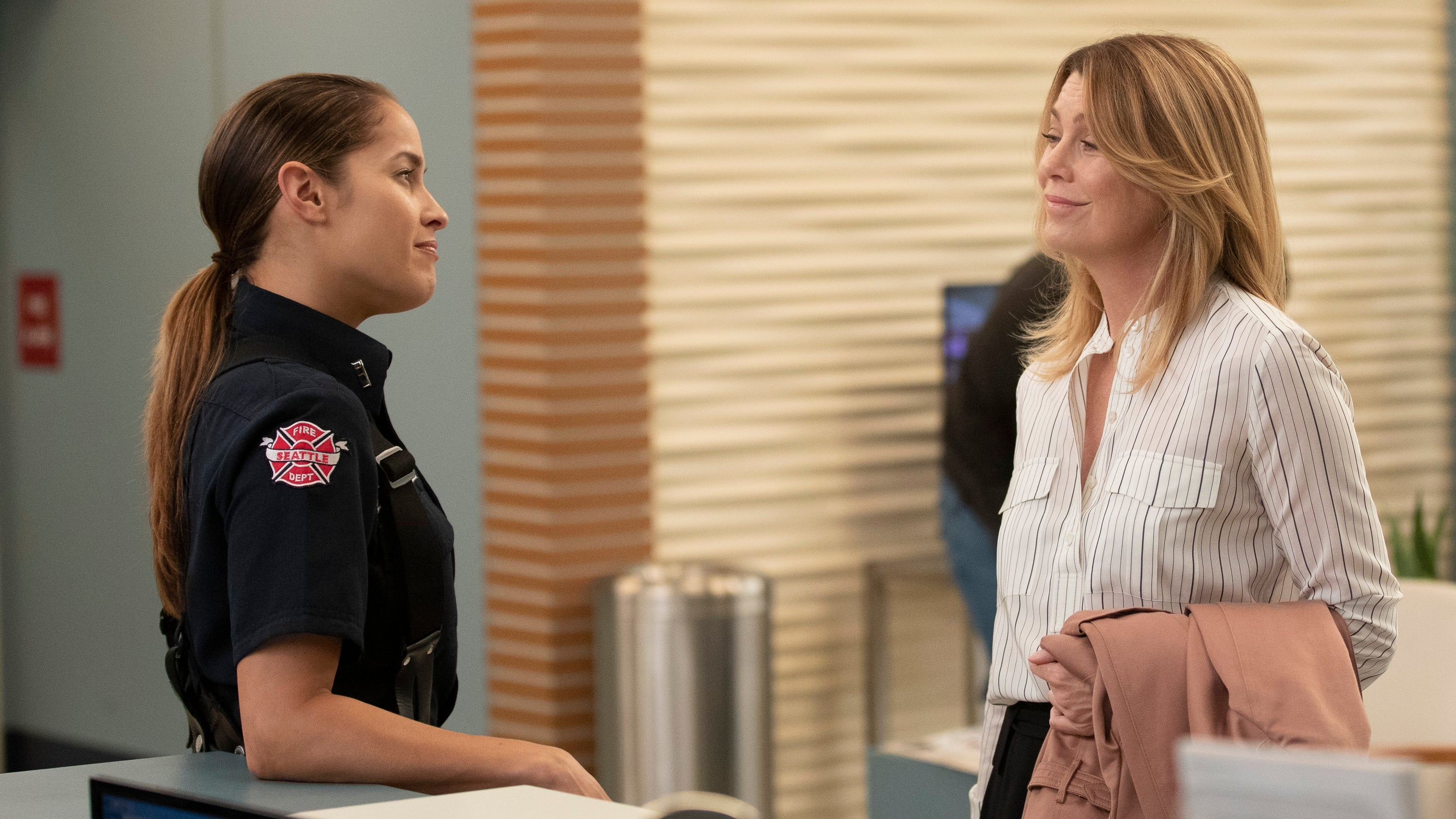 Grey's Anatomy Season 15 :Episode 4  Momma Knows Best