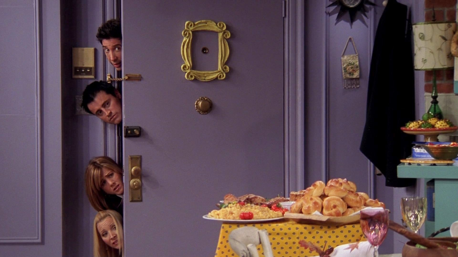 Friends Season 10 :Episode 8  The One with the Late Thanksgiving