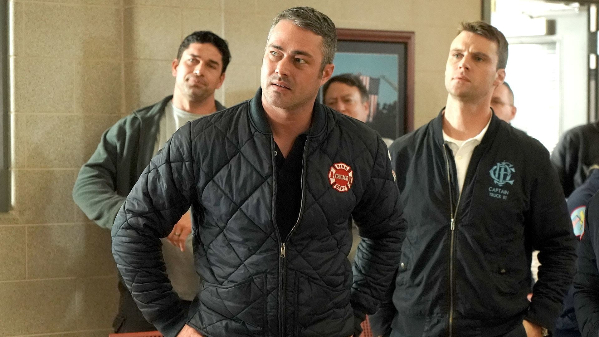 Chicago Fire Season 6 :Episode 18  Feindliche Übernahme
