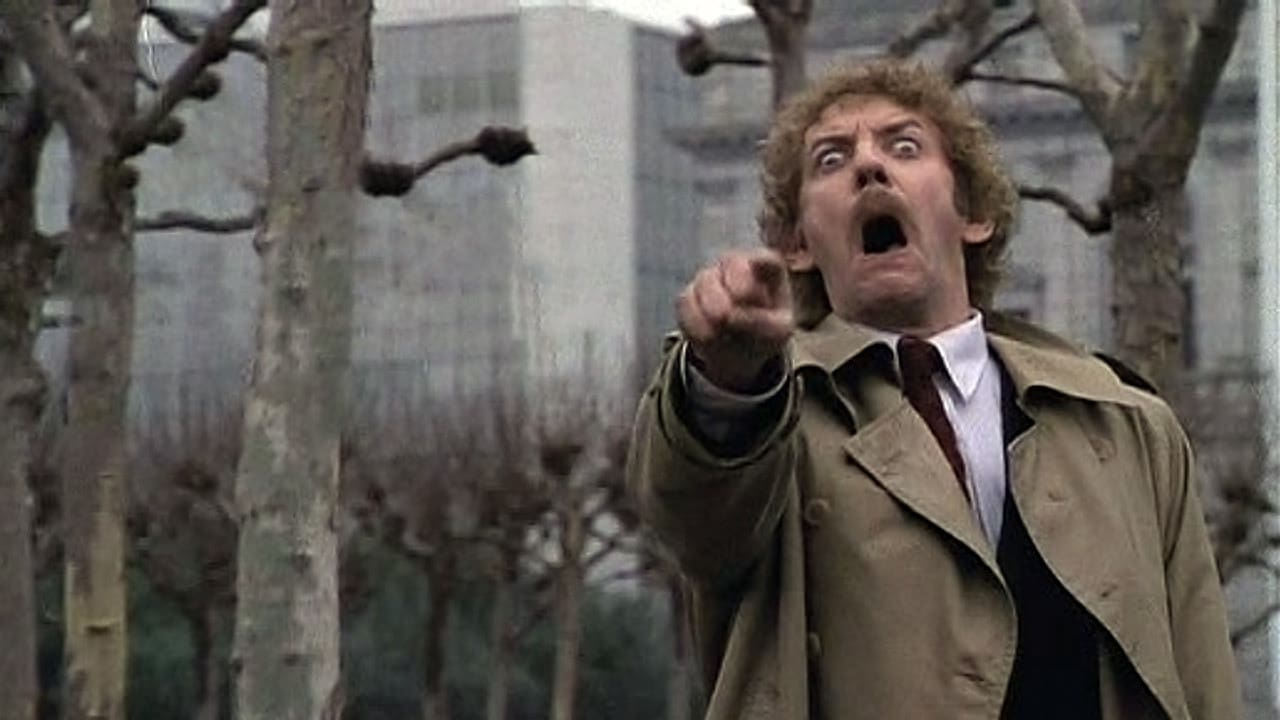 invasion of the body snatchers and 2010-9-8 invasion of the body snatchers blu-ray (olive signature) (1956): starring kevin mccarthy, dana wynter and larry gates mistaken for insane, a man.