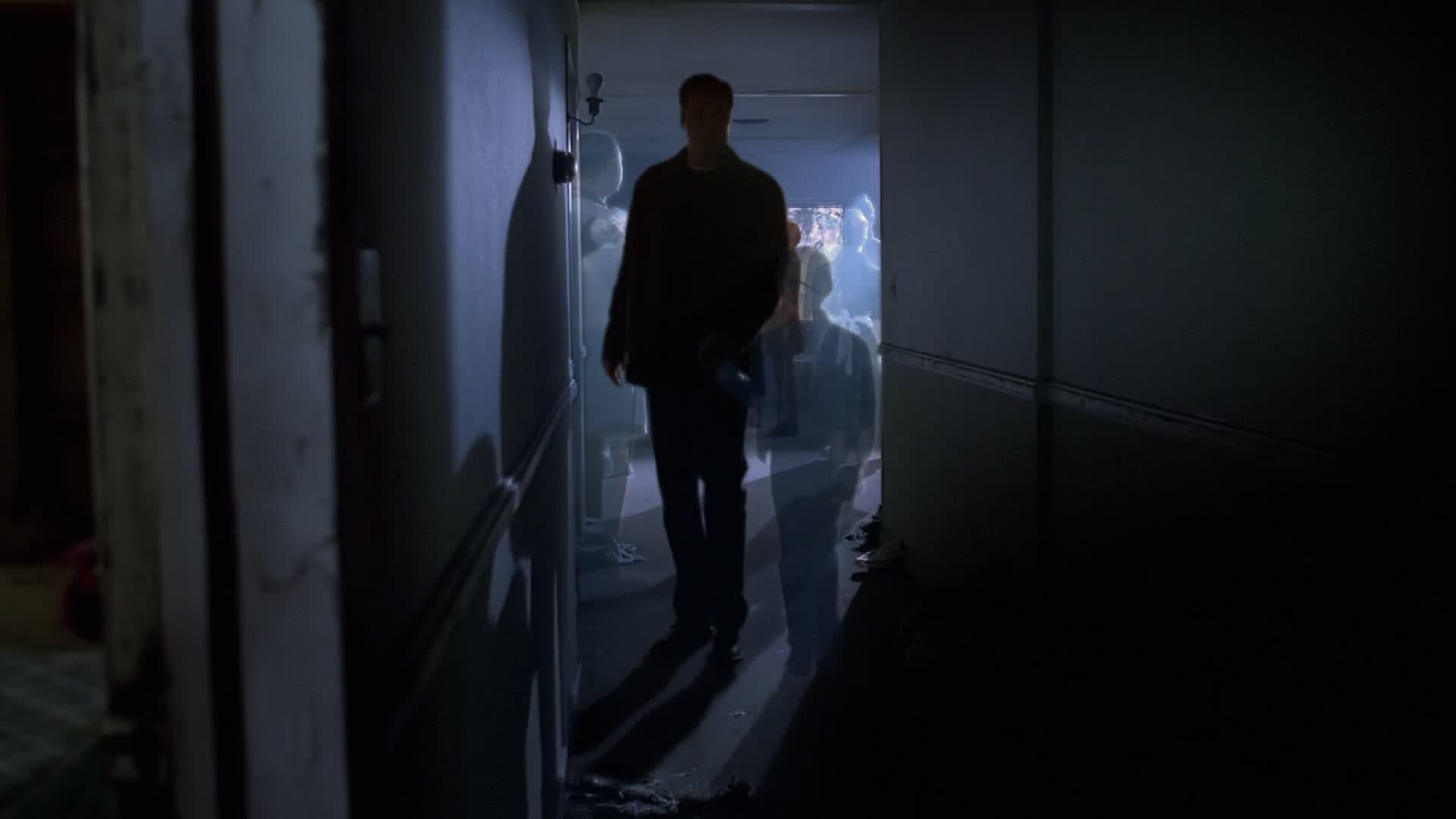 The X-Files Season 7 :Episode 11  Closure