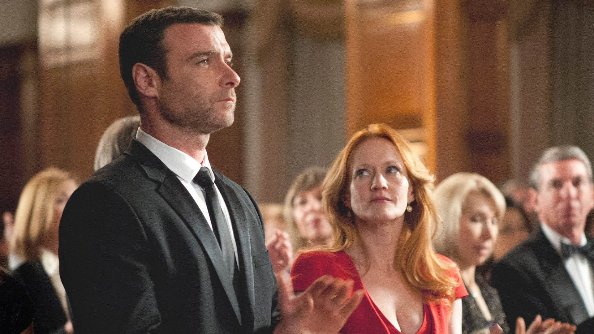 ray donovan 2013 saison 1 pisode 3 filmstreaming hd com. Black Bedroom Furniture Sets. Home Design Ideas