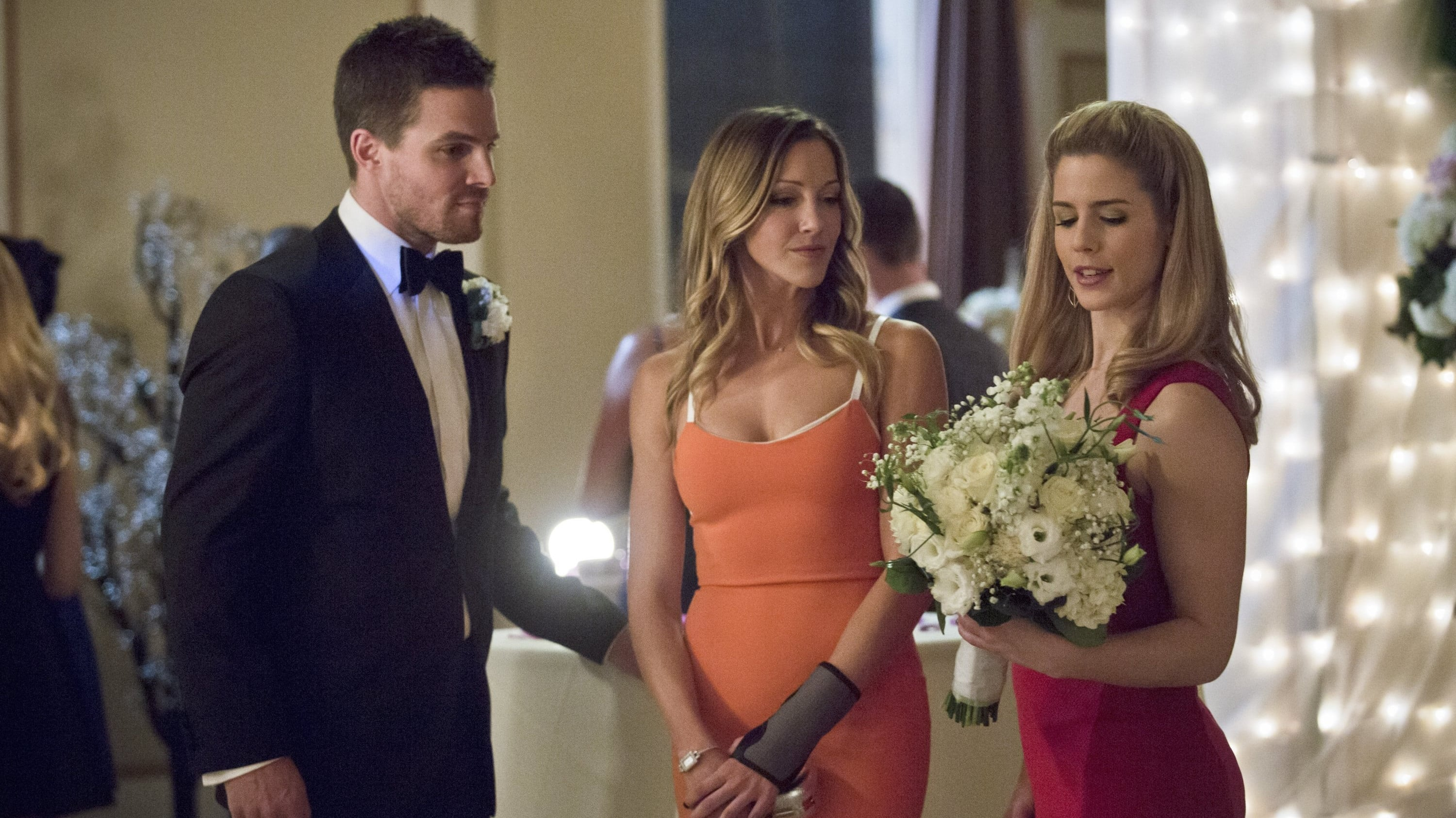 Arrow - Season 3 Episode 17 : Suicidal Tendencies