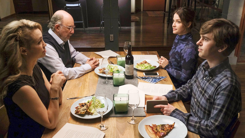 The Good Doctor - Season 4 Episode 8 : Parenting