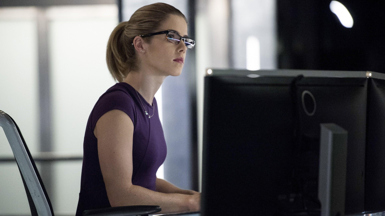 Arrow Season 5 :Episode 12  Bratva