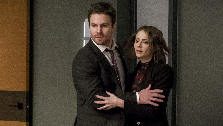 Arrow Season 5 :Episode 13  Geladen und entsichert