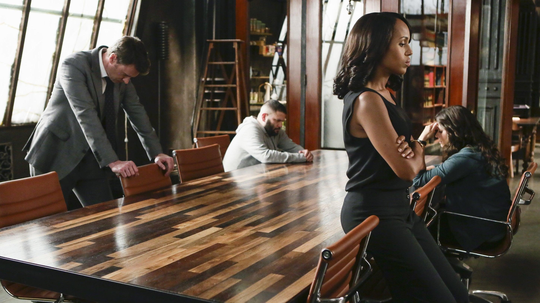 Scandal Season 4 :Episode 22  You Can't Take Command