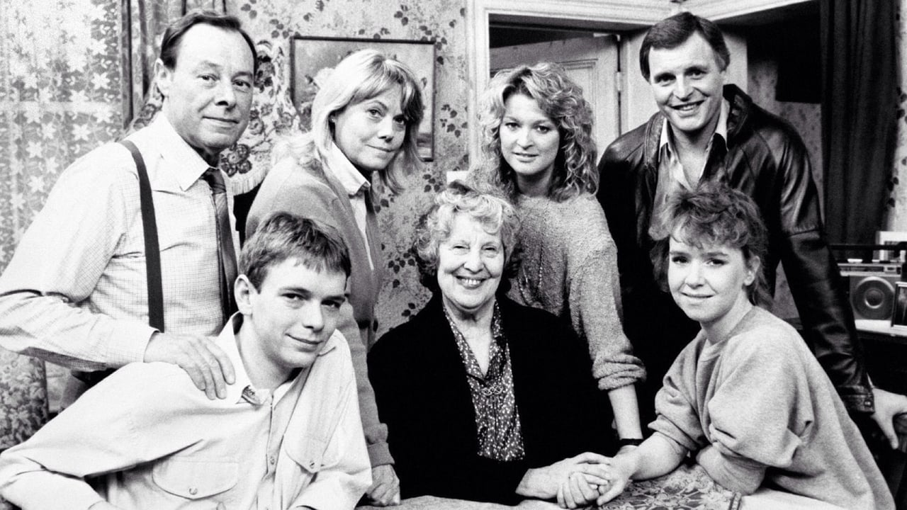 EastEnders Season 6 Episode 82 : October 11, 1990