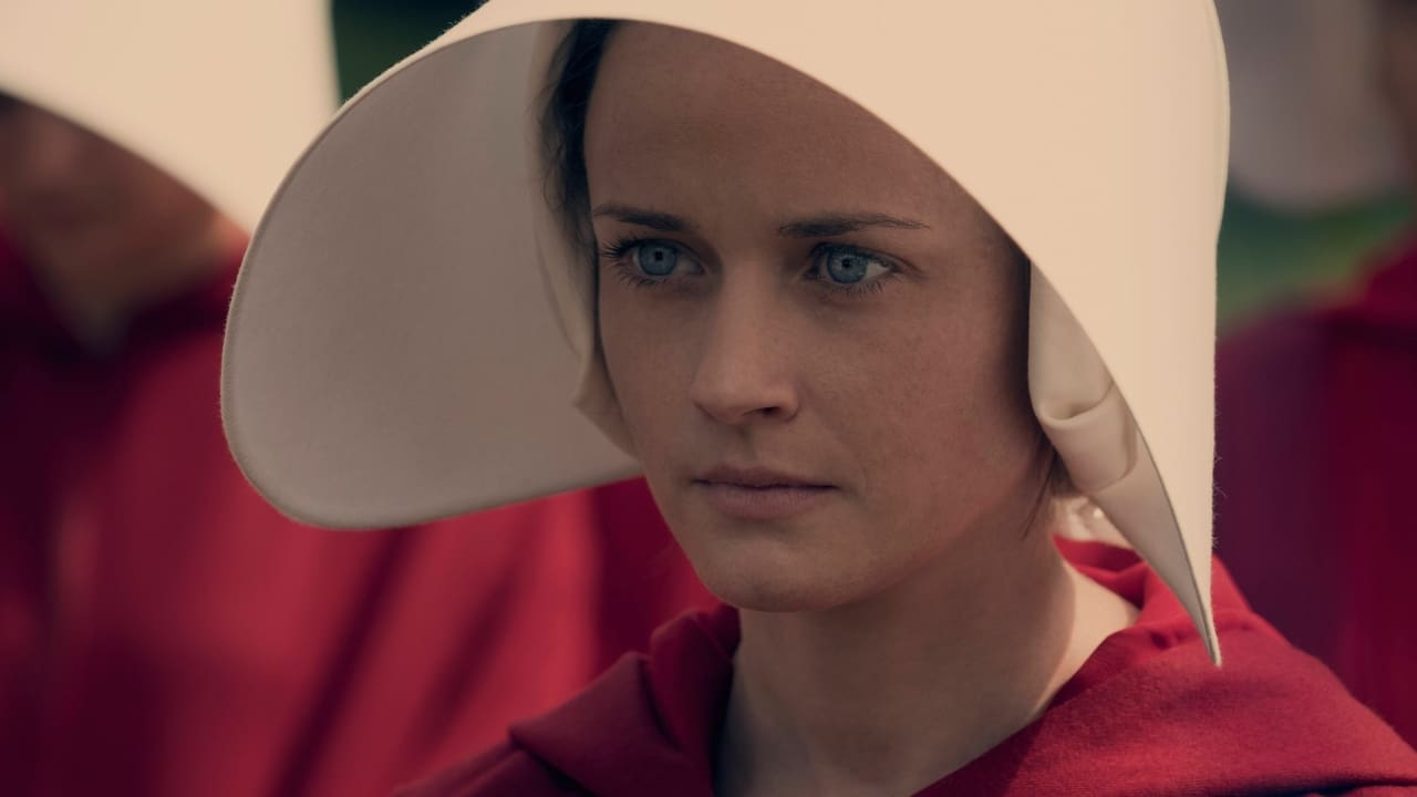 The Handmaid's Tale Season 1 Episode 6 : A Woman's Place