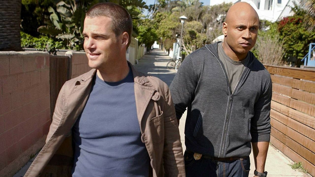NCIS: Los Angeles Season 5 Episode 17 : Between the Lines