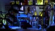 Smallville Season 2 Episode 19 : Precipice